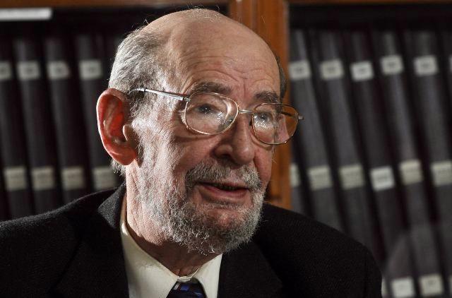 Carlos Julio Chesñevar